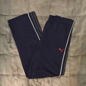 Navy blue Puma sweatpants